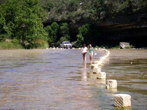 linda kara walk frio river