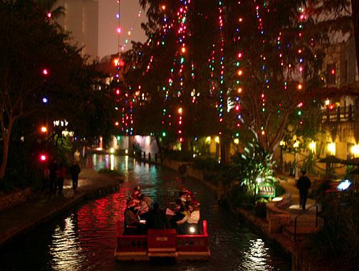 Riverwalk San Antonio Christmas.Christmas At The Riverwalk In San Antonio Mark D Roberts
